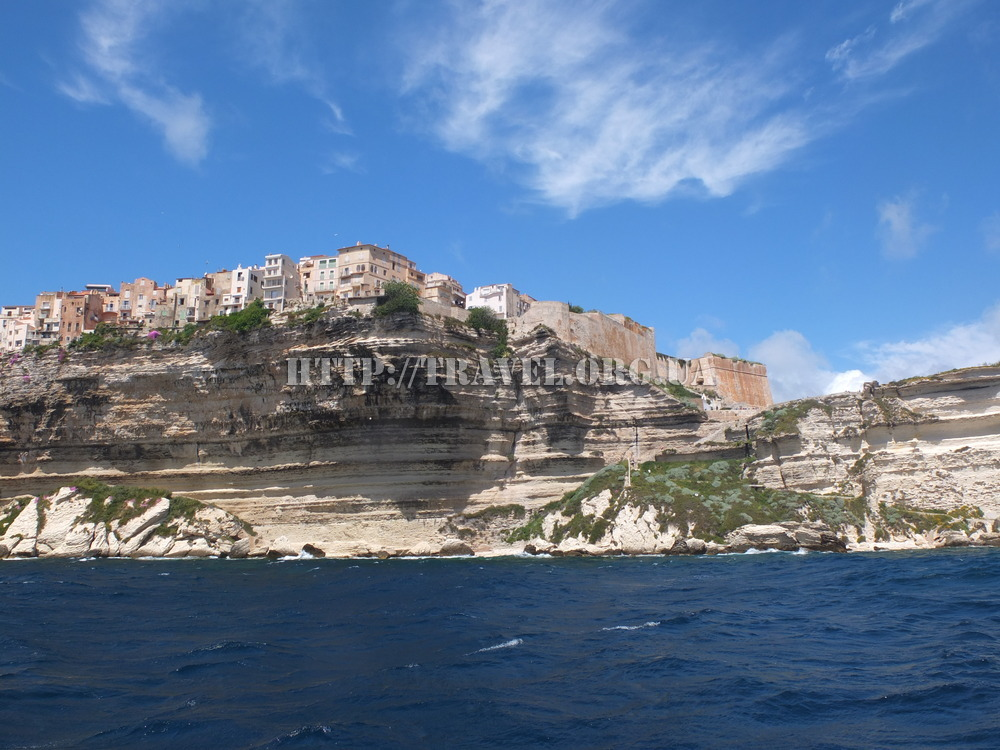 bonifacio Bonifacio's old town, with a labyrinth of narrow streets and historic buildings, was built by the genoese and is a fascinating place to wander around.